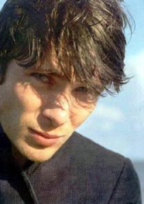 Because I couldn't squeeze him in between Mssr. Kaneshiro and Laurie, here is Cillian Murphy and those cheekbones he should register as weapons.