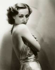 Joan Crawford might not have been the nicest person, but, damn, did she take a good photo.
