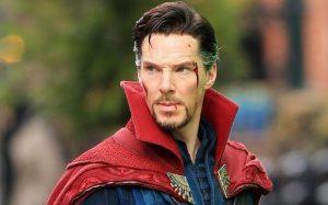 Strategically injured Benedict Cumberbatch ...